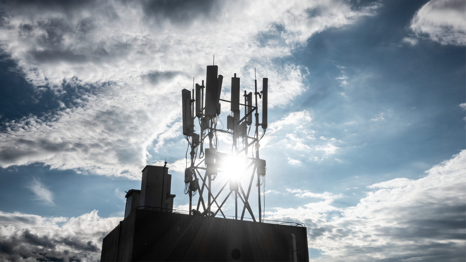 EU Commission leaves 5G base stations out of ecodesign – a missed chance to reduce energy consumption of telecommunications